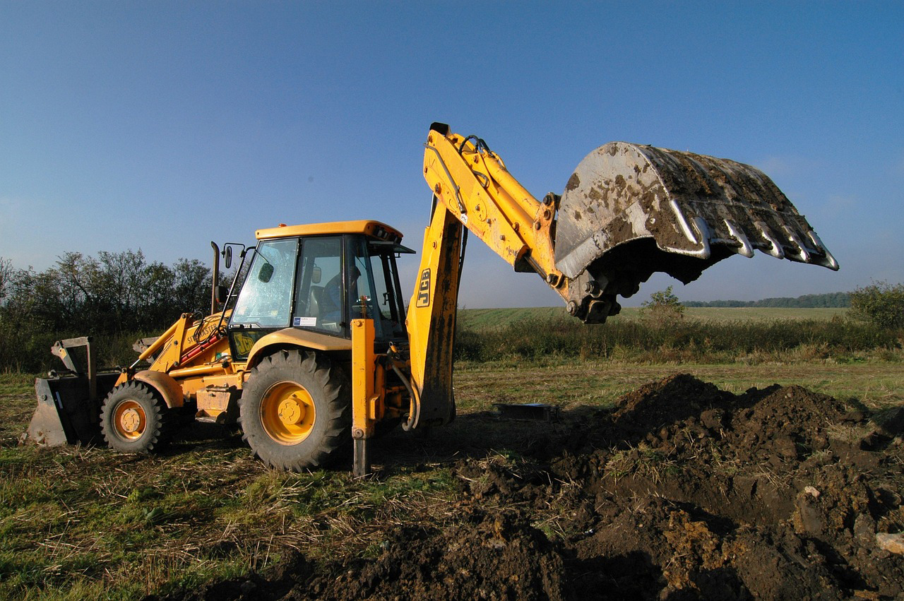 JCB Digger hire with driver Berkshire Hampshire Surrey digger hire with driver Wokingham