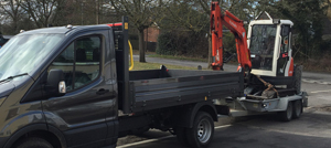Digger hire with driver for small jobs in Berkshire Hampshire Surrey