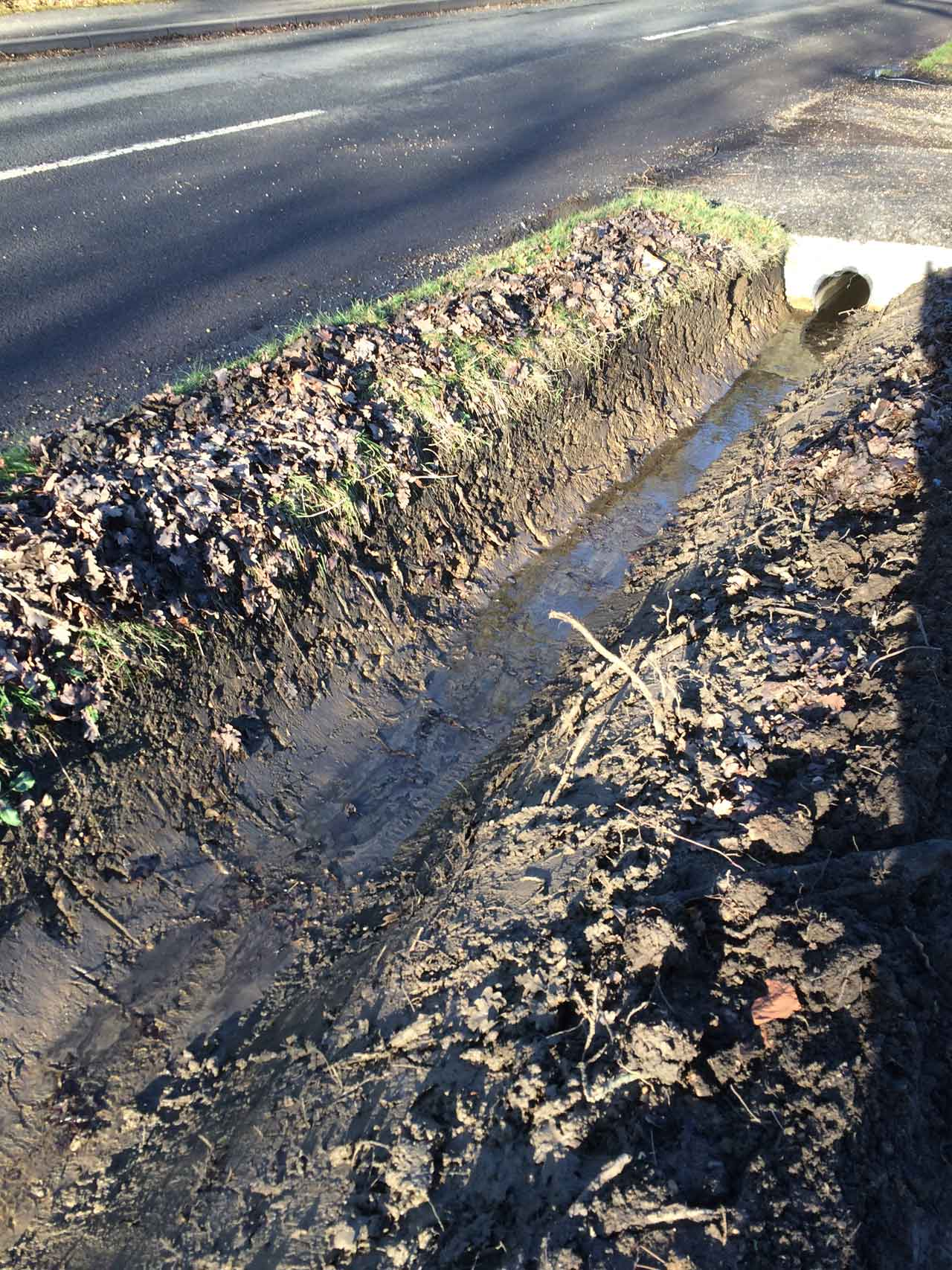 Berkshire Hampshire: Ditching And Ditch Cleaning In Berkshire And Surrey