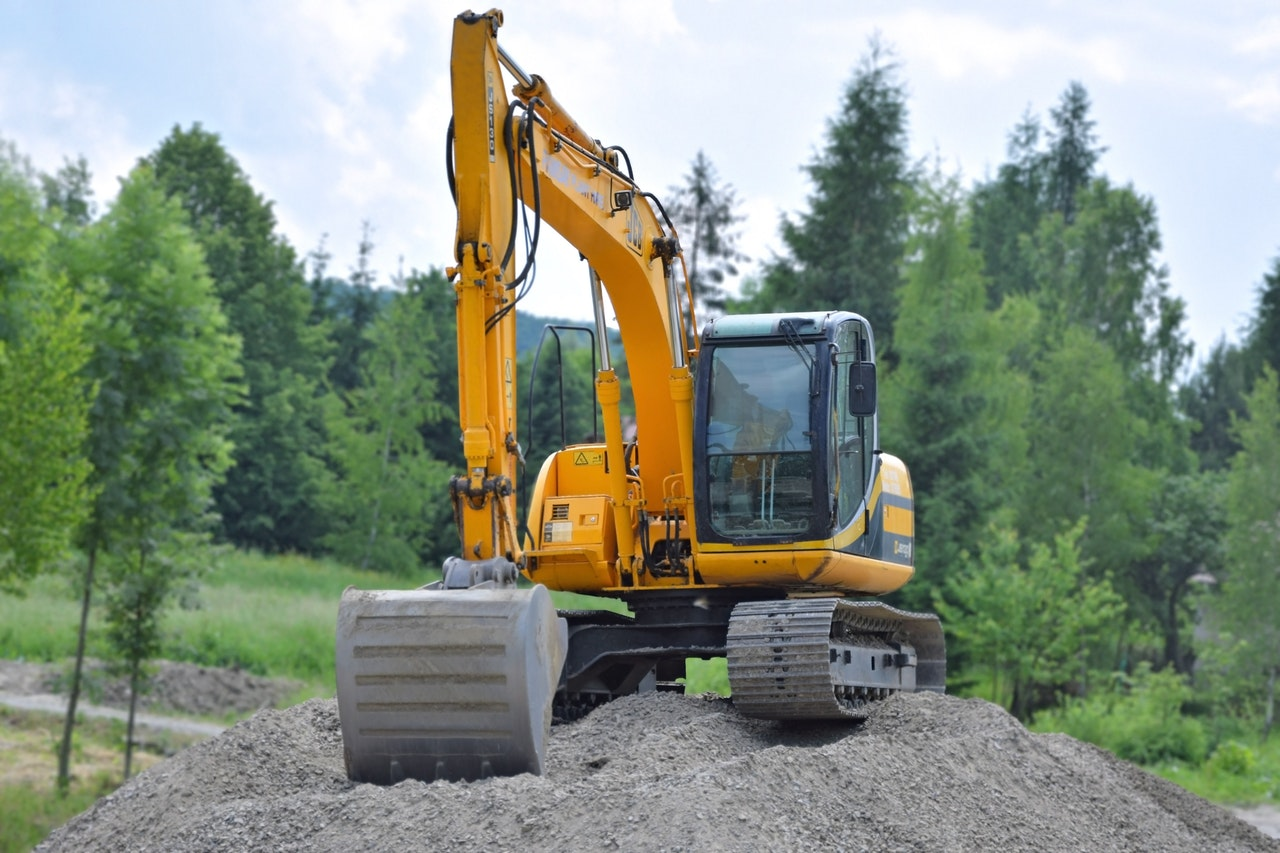 Image of a JCB excavator - Digger hire and excavator hire in Berkshire, Hampshire and Surrey - JCB Excavator - Let the digger do it - Winnersh - Wokingham - Berkshire - Hampshire - Surrey - digger hire - mini digger hire - excavator hire