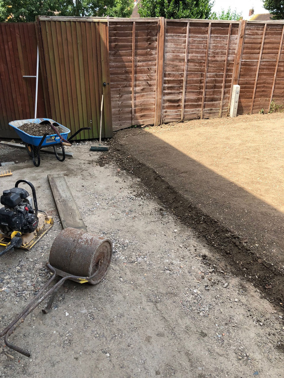 Patio base landscaping services Berkshire Hampshire Surrey