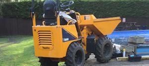 Skip Loader and driver hire Berkshire Hampshire Surrey