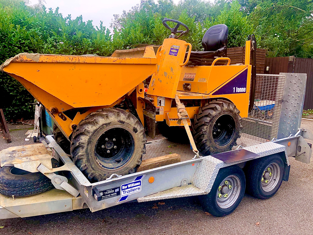 Skip loader hire with driver Wokingham